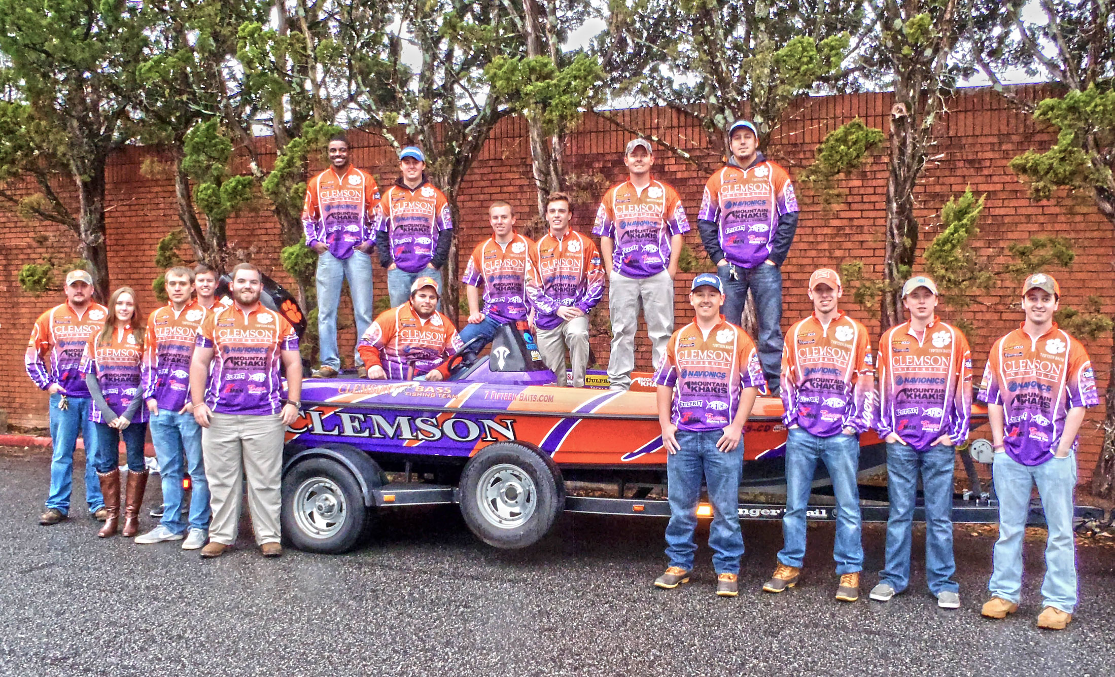 7 Fifteen Baits Clemson Bass Fishing Team